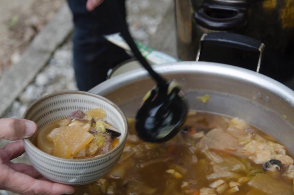 里山保全活動 植樹 竹飯 焼き芋 体験 東峰村ポーン太の森キャンプ場 ジビエ鍋