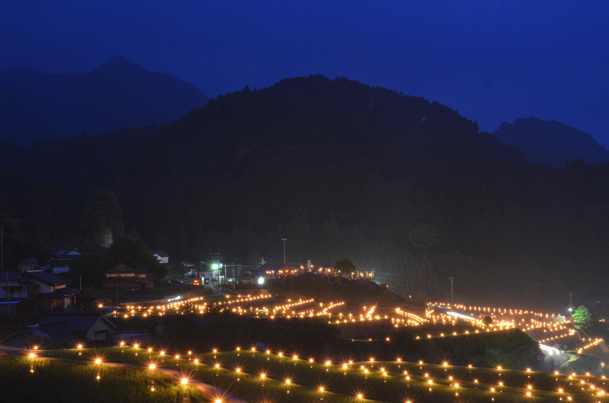 東峰村 竹棚田の火祭り